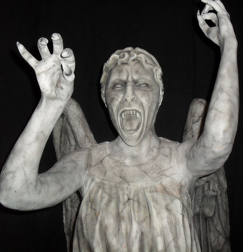 The Weeping Angels Play Hide And Seek – TVClaw