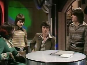 This season John and the gang will be mostly wearing sludge tones (denofgeek.com)